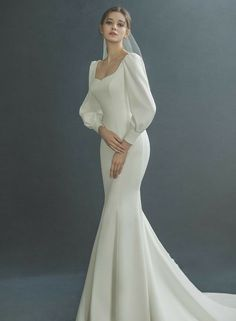 Minimal Wedding Dress, Classy Wedding Dress, Dream Wedding Dresses, Bridal Dresses, Fashion Wedding Dress, Wedding Dress Necklines, Necklines For Dresses, Wedding Dress Sleeves, Vestidos Vintage