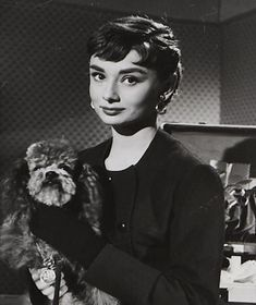 Sabrina marked the first collaboration between Audrey Hepburn and Hubert de Givenchy. When she called his atelier to make an appointment to shop for clothing to wear in the movie, he was told Miss Hepburn, and assumed that Katharine Hepburn was coming.