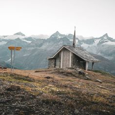 Swiss alpine chapels are love. Zermatt, Quiet Moments, Back In Time, Switzerland, To Go, In This Moment, Places, Travel, Instagram