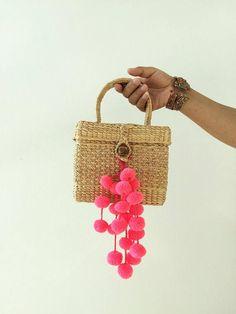 Pom pom Straw mini Bag / Straw bag / Straw basket / Hand bags