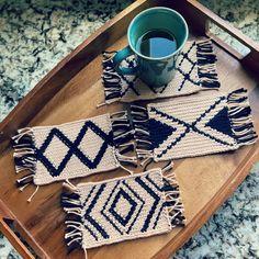 Modern Mug Rugs – free crochet pattern from SheMakesCrochet Crochet Kitchen, Crochet Home, Free Crochet, Modern Mugs, Mug Rug Patterns, Modern Crochet Patterns, Mug Rugs, Tapestry Crochet, Yarn Over