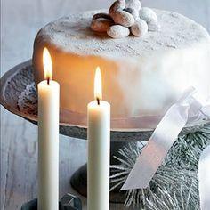Sokerikuorutteinen suklaakakku Pillar Candles, Candles