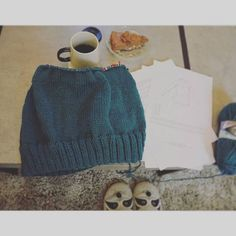 petrel blue sweater,knitting in the round