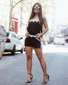 Conjunto preto e branco,  com a #blogger @mariellasarto #coinageoficial #moda #fashion #style #photooftheday #instagram #instagood