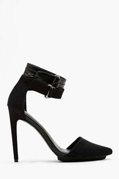 Shoe Cult Faye Platform Pump - Black | Shop Shoes at Nasty Gal