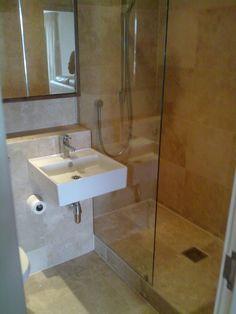 Bathroom, : Tasty Sleek Bathroom With Kicky White Vessel Sink And Mesmerizing Glass Shower Corner