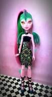 Draconia Custom Monster High Doll Create A Monster Dragon Custom Monster High Dolls, Monster High Repaint, Custom Dolls, Liv Dolls, Ooak Dolls, Barbie Dolls, Monster Pictures, Year Of The Dragon, Some Body