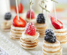 Mini Pancake Stacks {Brunch Foods That Rock}! The post Mini Pancake Stacks {Brunch Foods That Rock}! Birthday Brunch, Easter Brunch, Birthday Breakfast, Fruit Birthday, Birthday Party Foods, Birthday Food Ideas For Kids, Birthday Pancakes, 26th Birthday, Birthday Desserts