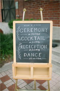 order of events wedding sign   diy chalkboard   garden wedding ideas   #weddingchicks