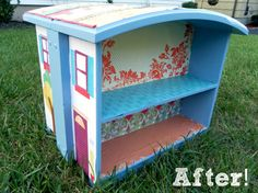 repurpose drawers from dressers and desks that have died into dollhouses.  divine!