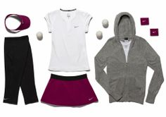 網球場的路上。to the tennis court: 球星們澳網的網球服