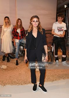 Olivia Palermo total black