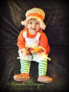 It's Hallowe'en, Baby! {Strawberry Shortcake costume}