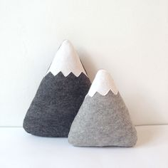These grey soft mountains are made from 100% woolfelt. Perfect for a nursery or a kids room with an outdoor theme!  Set of two mountains: Mixed grey, light: 16 x 15 cm (6.3 x 5.9 inches) Mixed grey, dark: 23 x 19 cm (9.0 x 7.5 inches)  For the same mountains, but colors/size switched, please have a look at this listing: http://etsy.me/2gYYbUY  To see all my mountains: http://etsy.me/2eIcfjI  To see all my items: https://www.etsy.com/shop/...
