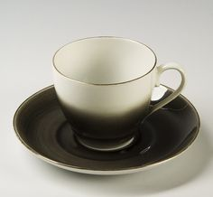 Nora Gulbrandsen, Porsgrunds Porselænsfabrik AS (Produsent), Servise Nordic Design, Modern Classic, Cup And Saucer, Vintage Black, Scandinavian, Tea Cups, Porcelain, Ceramics, Sculpture