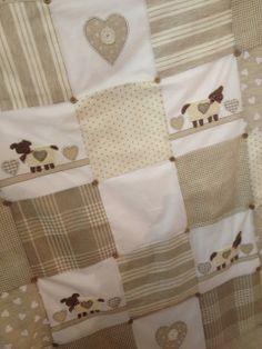 Dechado Baby Boy Quilts, Baby Boy Blankets, Patch Quilt, Quilt Blocks, Cot Quilt, Patchwork Baby, Quilted Bedspreads, Homemade Baby, Crochet Flowers