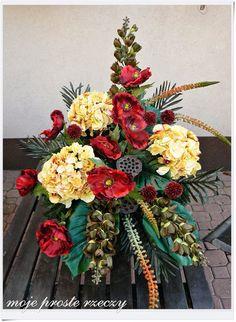 moje proste rzeczy: Stroiki na Wszystkich Świętych Floral Wreath, Wreaths, Fall, Flowers, Home Decor, Floral Arrangements, Board, Autumn, Flower Crowns