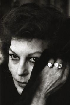El ocaso de una Diosa. Ava Gardner fotografiada por Helmut Newton en Londres, 1984