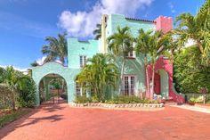 Soulmate24.com Castle Garden Miami Florida #popular #instagood #iphonesia #photooftheday #instamood Mens Style
