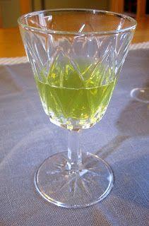 Kääpiölinnan köökissä: And everything is green..... likööriä ja kanaa