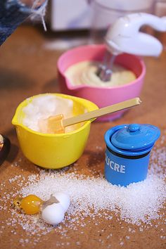 Dollhouse miniature baking