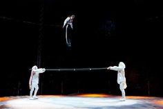 LIMA VAGA: 'Phaway, La Magia de Volar': Circo Internacional M...
