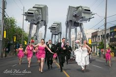 photo de mariage avec des AT-ATs - http://www.2tout2rien.fr/photo-de-mariage-avec-des-at-ats/