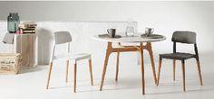 Un rincón para comer en la cocina que juega al mix & match con las sillas. Get the look! --> Mesa Luodem · Silla Rigel, colores blanco y gris · Caja de madera Fruilar · Todo en www.due-home.com #GetTheLook #DueHome