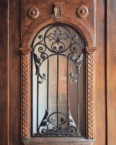 Serega Plus's photos – 5,401 photos   VK Двери Из Кованого Железа, Стальные Двери, Идеи, Декор Из Железа, Парадные Двери, Карниз, Деревянные Духовые Музыкальные Инструменты, Каталог