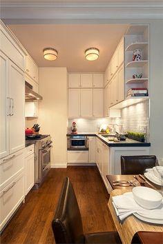 Contemporary (Modern, Retro) Kitchen