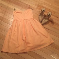 Peach strapless dress Super cute peach colored strapless dress. New without tags! Perfect for spring Forever 21 Dresses Mini