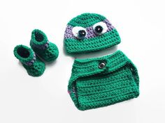 Crochet Baby Clothes  I wish I would have made these outfits years ago. My son was a true ninja turtle fan. And now at the age of 30, still loves them. This crime fighting turtle comes with the everything seen in the pictures, the hat, booties and diaper cover. Have him ready to go when crime calls. Great outfits for photo prop pictures, also a great gift for a new mom expecting a boy.  Newborn or 0-3 Months, 3-6 months, 6-9 months, 9-12 months