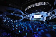 Upfronts 2011: Despite Tech Glitch, TBS/TNT Create Immersive Setting With 270-Degree Projection Screen | BizBash