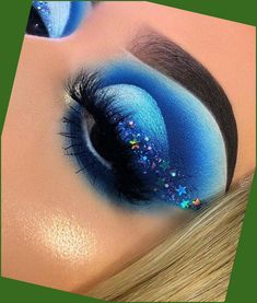 Our eyes are our most magnetic feature, oahu is the first thing that individuals notice about us and now we really can work to emphasize our most sign... Cute Makeup Looks, Makeup Eye Looks, Eye Makeup Art, Colorful Eye Makeup, Crazy Makeup, Blue Eye Makeup, Pretty Makeup, Makeup Inspo, Makeup Ideas