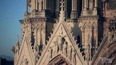 La restauration de l'étage de la rose vient achever l'intervention menée, par l'État - Direction régionale des affaires culturelles de Champagne-Ardenne (DRAC), depuis une trentaine d'années, sur la façade occidentale de la cathédrale de Reims. Elle concerne l'une des parties de la façade qui a le plus souffert de l'incendie du 19 septembre 1914, provoqué par un bombardement de la Première Guerre mondiale. D'un montant de 3,33 millions d'euros, la restauration, financée par la DRAC ...