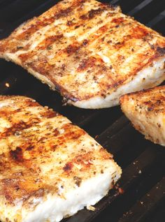 Next time you're in the mood for fish, move past the usual choices of salmon and tilapia and discover how to cook mahi mahi.