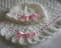 Crochet bebé manta blanco afgano bautizo por HandmadeByHallien