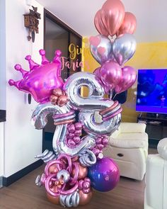 Birthday Balloon Decorations, Balloon Centerpieces, Diy Party Decorations, Birthday Balloons, Paper Decorations, Birthday Parties, Balloon Bouquet Delivery, Balloon Delivery, Large Balloons