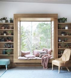 In common room window seat inside area can have laminate with lines Bedroom Windows, Living Room Windows, Living Room With Bay Window, Bay Window Bedroom, Living Rooms, Kitchen Living, Living Room White, White Rooms, Small Living