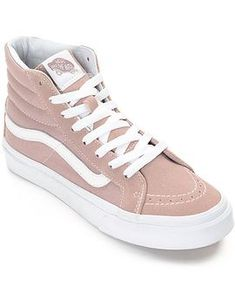 <b>Item available for pre-sale and will ship by slimmer made for the ladies of Vans! This delicious mauve colorway features a suede and canvas upper, vulcanized outsole for cruising on your board, and the classic Vans Waffle t Supernatural Style Skate Shoes, Vans Shoes, Shoes Sneakers, Shoes Heels, Pumps, Dsw Shoes, Shoes Pic, Ladies Sneakers, Beige Sneakers