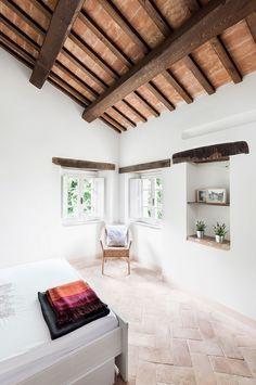resuscitating-a-ruined-tuscan-villa-gessato-7