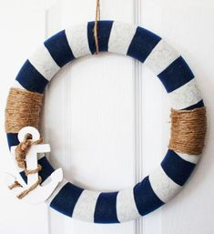Nautical Bathroom Decorating Ideas The bathroom can be one of the most relaxing place to be in the house Taking soothing bath surrounded by warm light of scented candles. Nautical Bathroom Decor, Nautical Bedroom, Nautical Home, Nautical Style, Nautical Bathroom Accessories, Anchor Bathroom, Nautical Interior, Bath Surround, Nautical Party