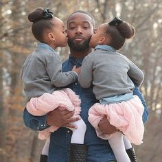 Positive images of black fathers Black Dad, Black Fathers, Fathers Love, Black Love, Black White, Cute Family, Baby Family, Family Goals, Family Pics