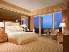 For a unique view, Wynn's Fairway Villas feature balconies