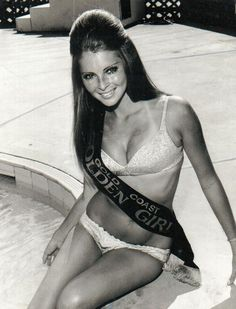 Delvene Delaney. Hubba!  #surf #girl #gold Coast #bikini #swimwear #vintage