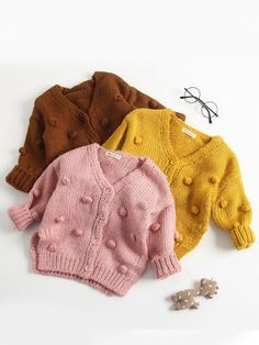 New Autumn And Winter Girls Candy Color Cardigan Clothing Collection - Babykleidung Outfits Niños, Cardigan Outfits, Baby Outfits, Kids Outfits, Fashion Kids, Baby Girl Fashion, Cardigan Bebe, Baby Cardigan, Sweater Jacket