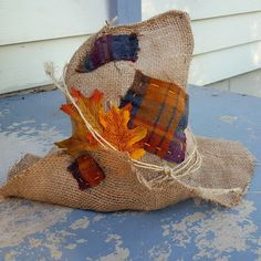 Finally have the patchwork version of the burlap, scarecrow hat ready! Order one today :) Halloween Costumes Scarecrow, Make A Scarecrow, Holiday Costumes, Diy Costumes, Halloween Crafts, Snowman Crafts, Fall Crafts, Diy Halloween Decorations, Thanksgiving Decorations