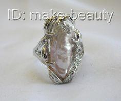 G551: 25mm Baroque Lavender Biwa Freshwater Cultured Pearl Ring