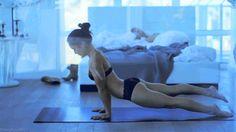 Ab jetzt gibt es keine Ausreden mehr, den du hast kennst jetzt die perfekte Knackarsch-Übung für Zuhause! Mit nur 5 Minuten täglichem Training erreichst du bereits in in kürze gute Fortschritte.
