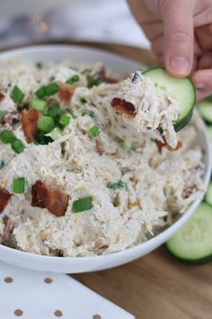Loaded Chicken Salad This keto low carb chicken salad is delicious and super easy to make!This keto low carb chicken salad is delicious and super easy to make! Healthy Recipes, Low Carb Recipes, Diet Recipes, Sweets Recipes, Lunch Recipes, Healthy Low Carb Meals, Atkins Recipes, Tofu Recipes, Shrimp Recipes